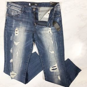 NWT Kut From The Kloth Reese Ankle Straight Leg 10